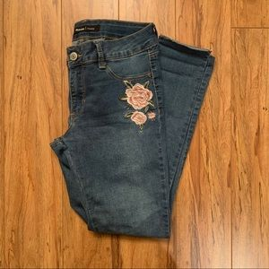 Blue Jeans with Embroidered Flowers
